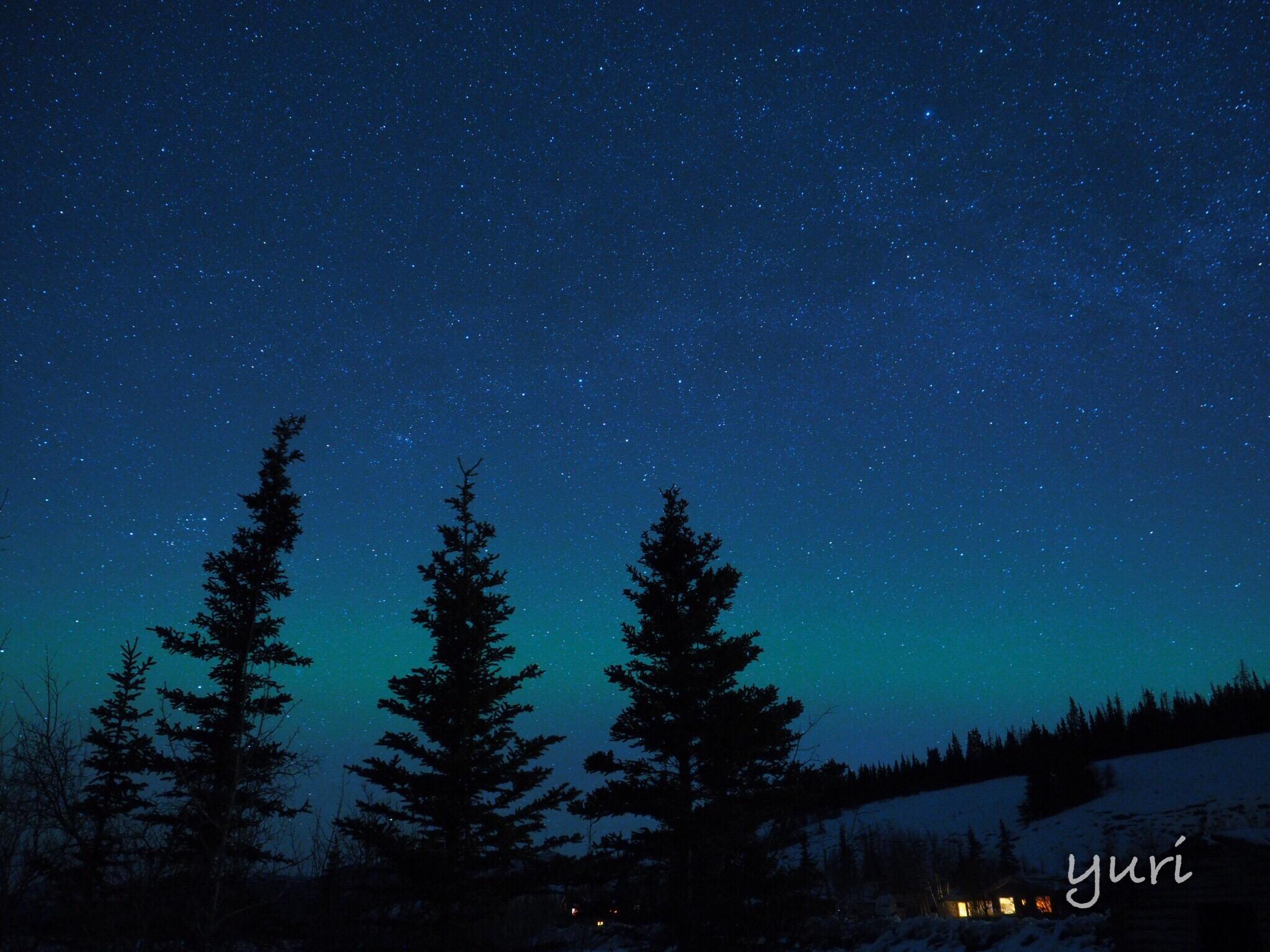 空・オーロラ・星をダイナミックに撮りたいならとりあえず広角を選んでみる