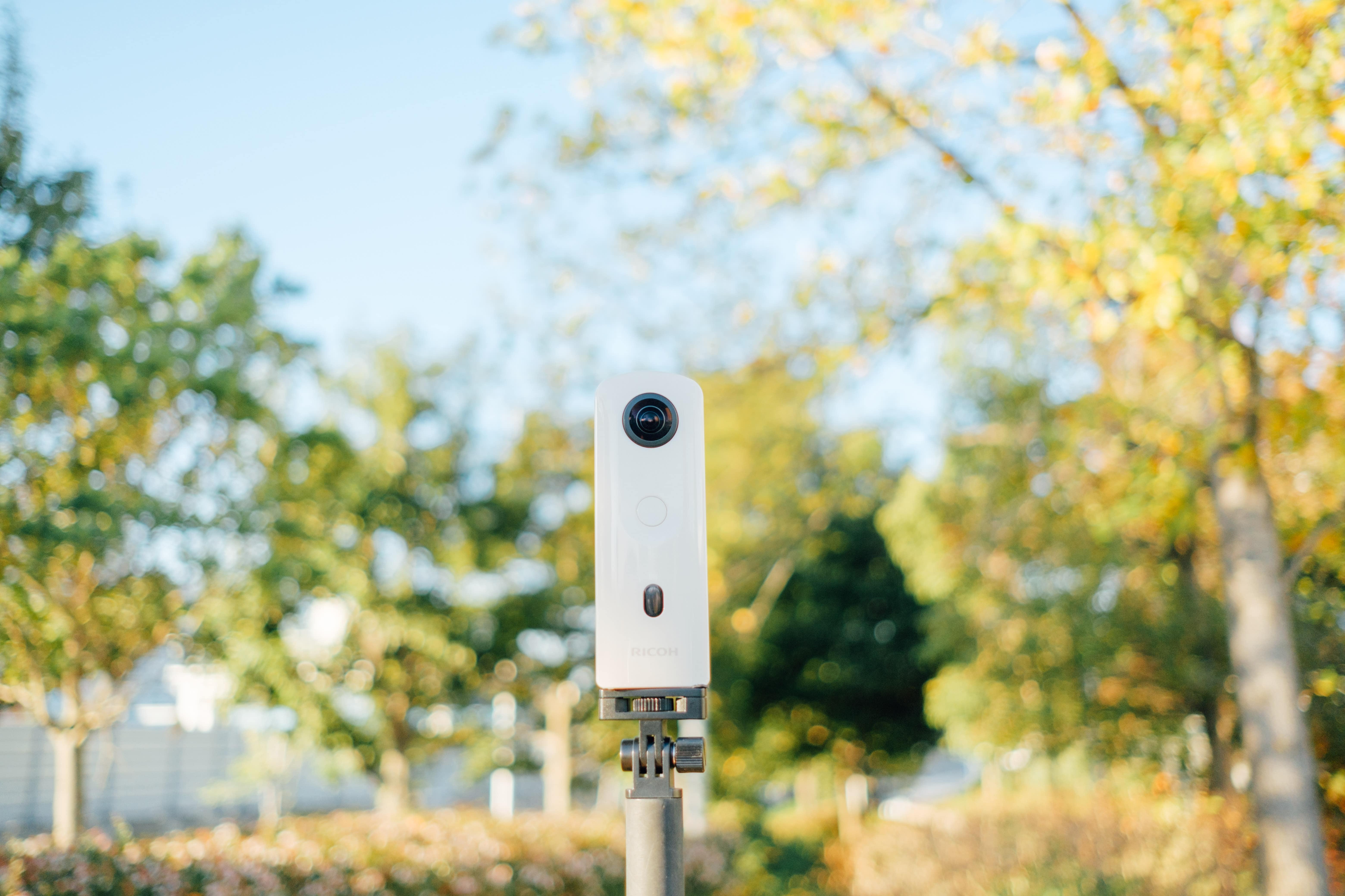 デートやお出かけに使える360度カメラ!RICOH THETA SC2の使い方&レビュー